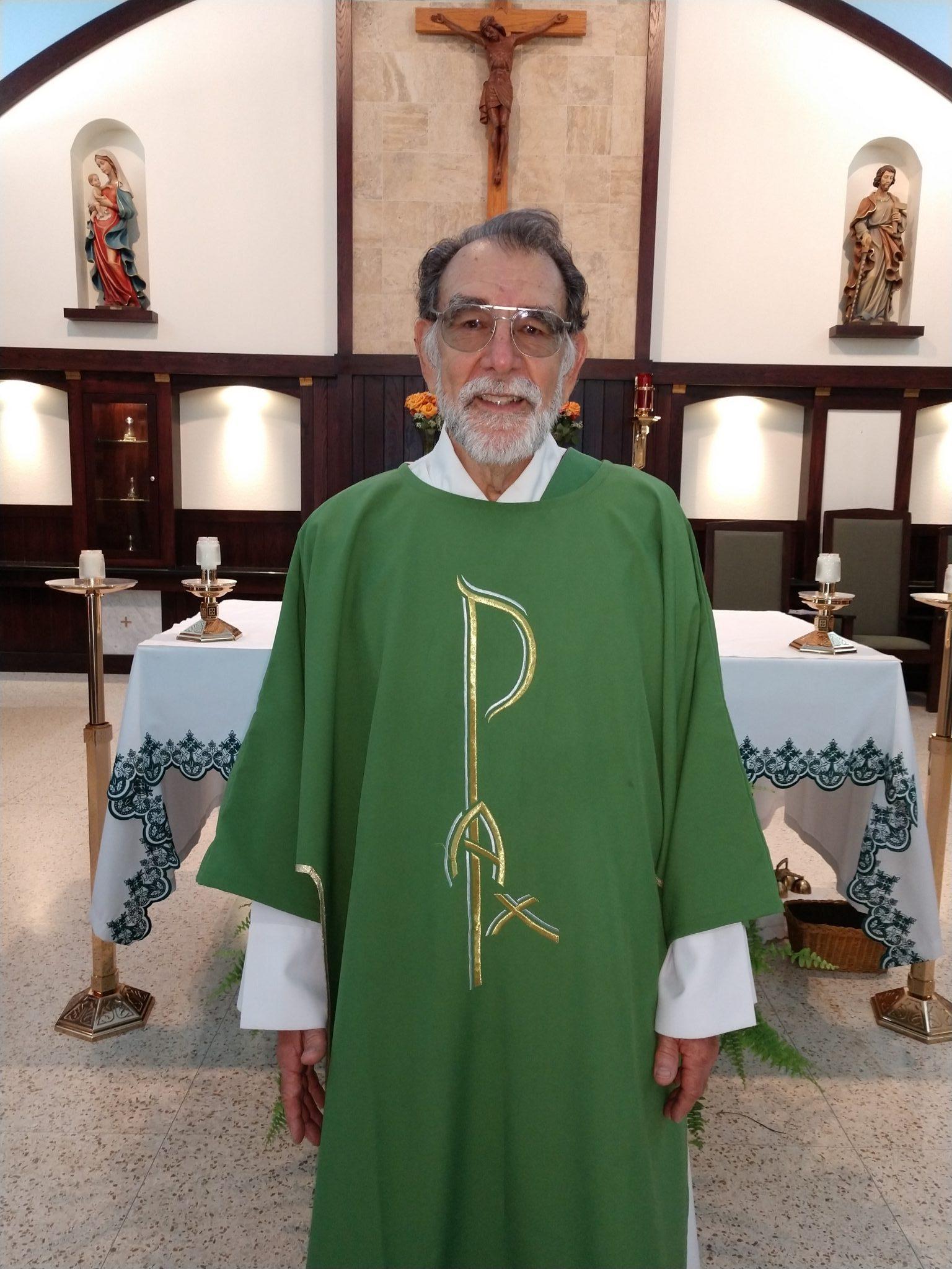 Deacon Gus Coelho : Deacon