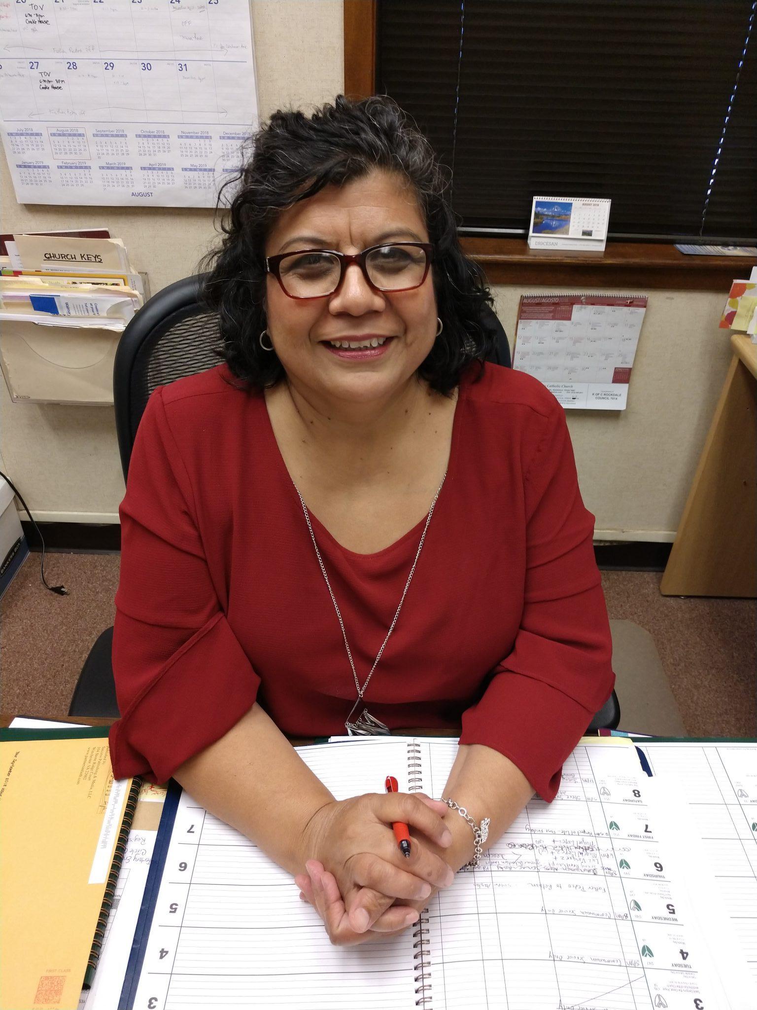 Gloria Pedroza : Parish Administrator